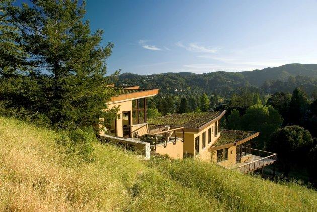 Biệt thự tuyệt đẹp trên sườn đồi
