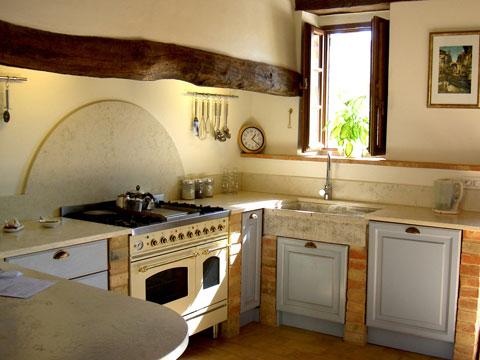 bai-tri-nha-bep-2 Bài trí cho không gian bếp đẹp