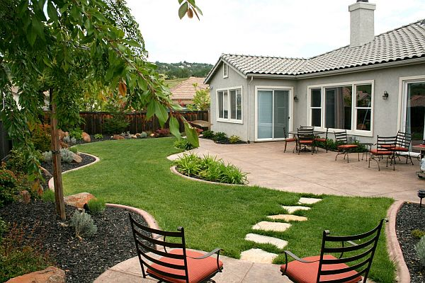 tao-thien-duong-cho-san-sau-1 Tạo cảnh quan cho sân vườn nhà bạn