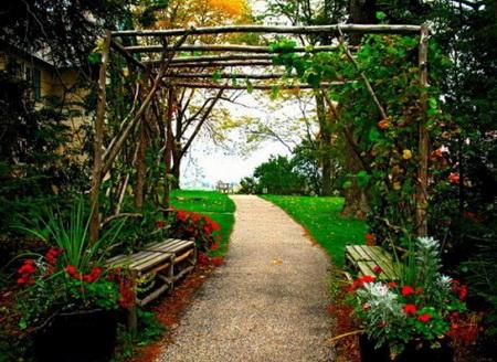 05 DOOL110805ThangMB03 Những chiếc cổng lãng mạn cho nhà vườn