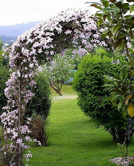 05 DOOL110805ThangMB09 Những chiếc cổng lãng mạn cho nhà vườn