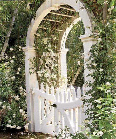 05 DOOL110805ThangMB15 Những chiếc cổng lãng mạn cho nhà vườn