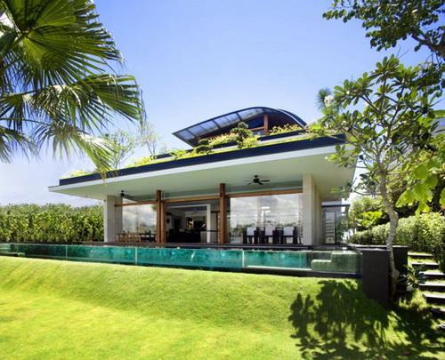 24 DOOL110824ThangTGKT01 Mái nhà xanh độc đáo phong cách Singapore