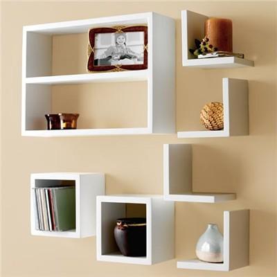 su-dung-ke-trang-tri-1 Sử dụng kệ treo tường ấn tượng trong nhà