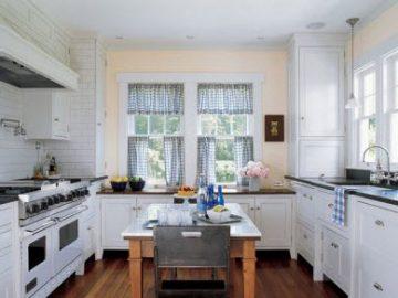 Cổ điển và hiện đại với phòng bếp màu trắng